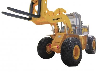 轮式叉装车NG851-18T